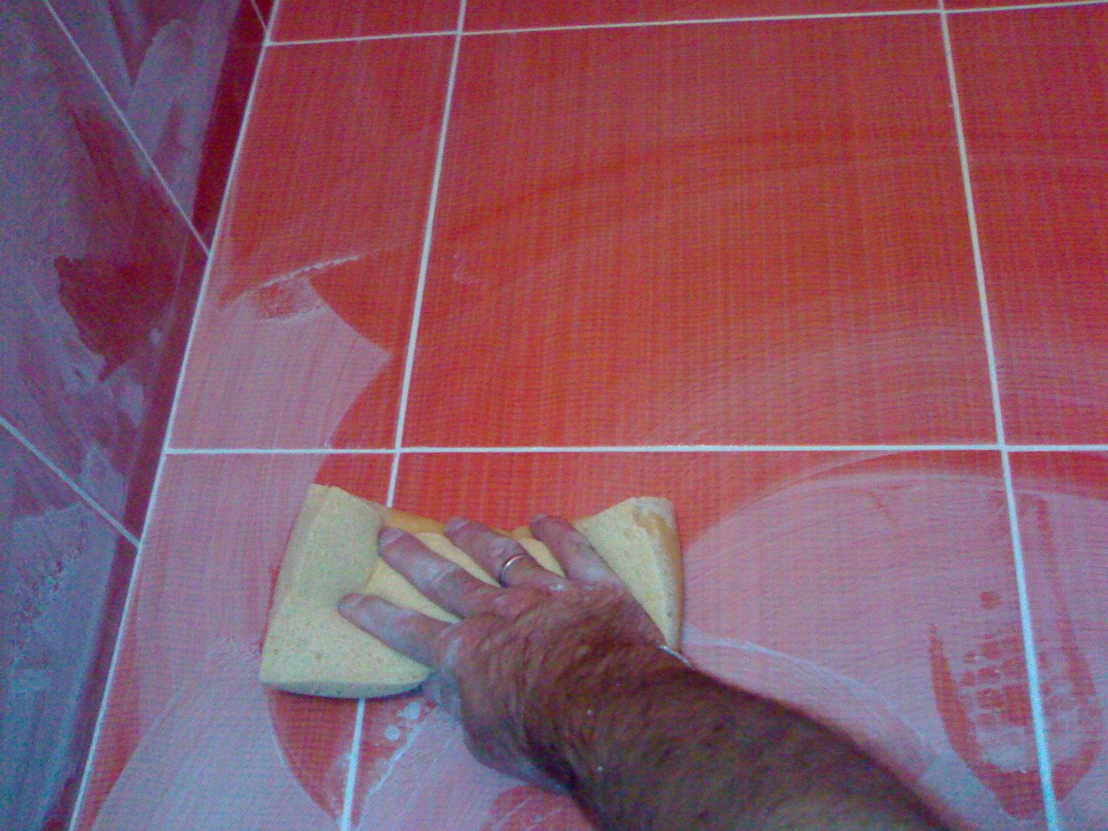 Укладка плитки на пол в ванной комнате: инструкция с Видео!